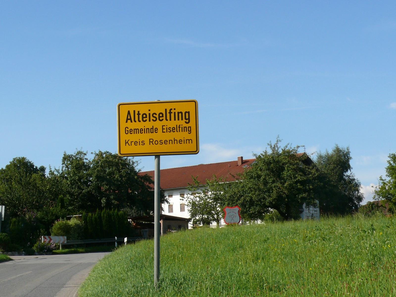 Dorfschild Alteiselfing